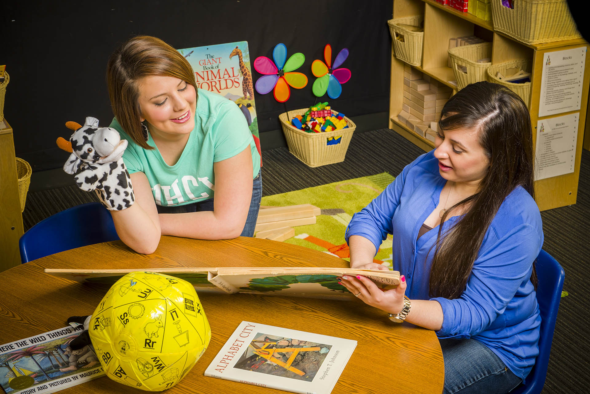 UHCL multicultural master's offers educators career advancement opportunities