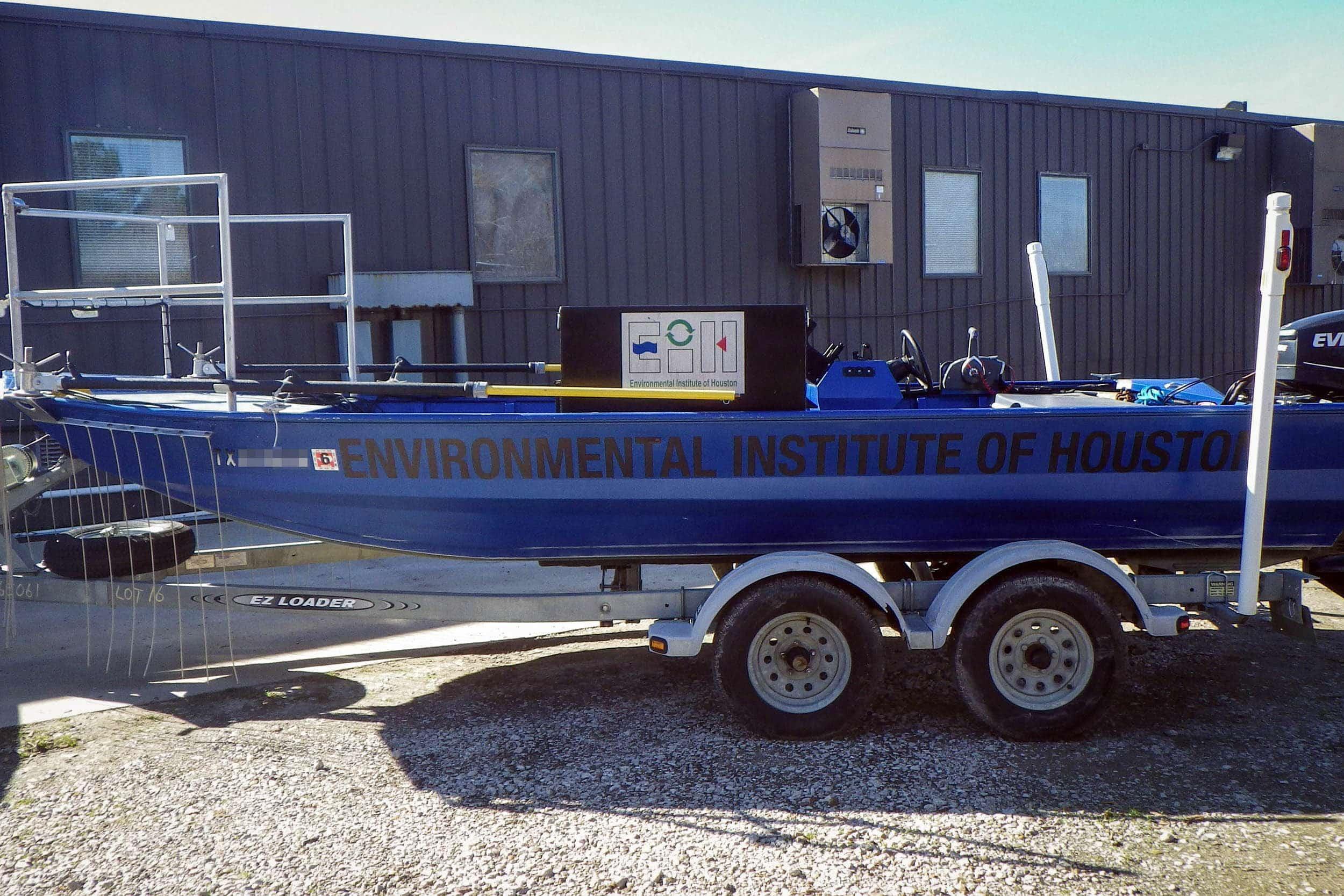 18' Electroshock Boat